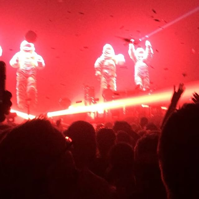 Went to the Chemical Brothers and was totally blown away .. still delivering the goods #blockrockingbeats