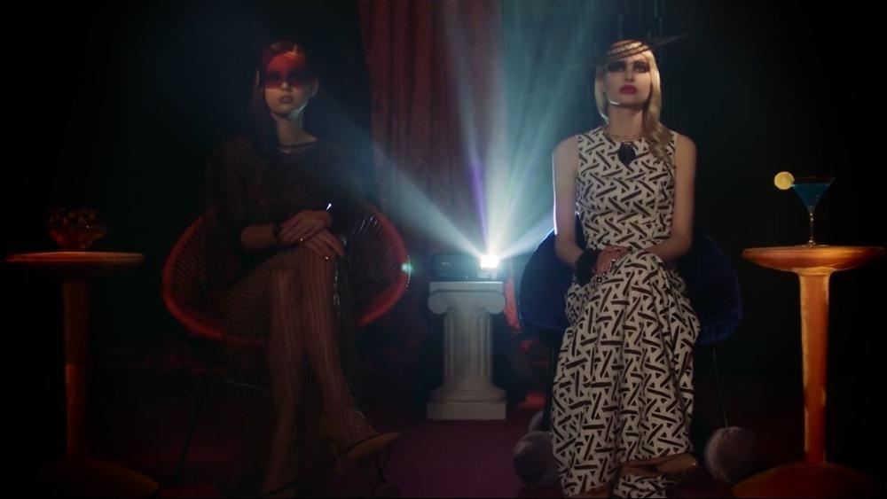 Hunger TV - House of Flora - Scarlet Winter Set Design