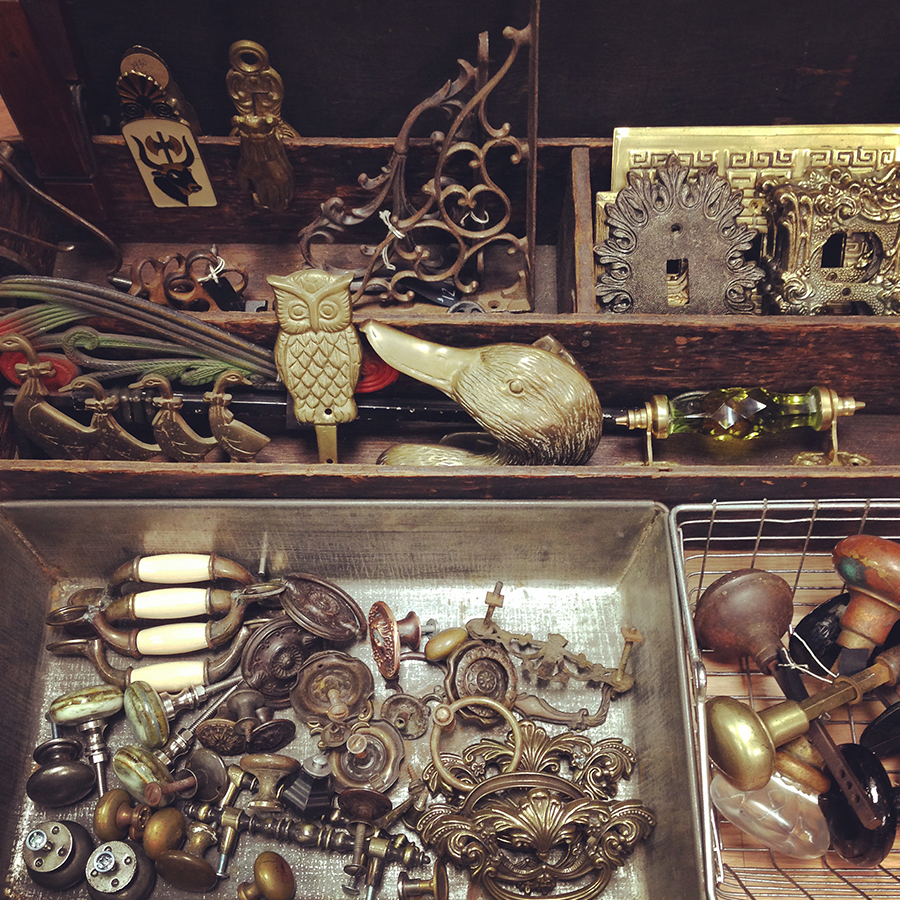 Articles-summermarket-hardware.jpg