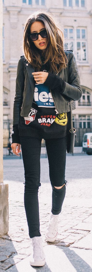 KEY TO THIS OUTFIT: - All Black - Rocking jeans with some character - A DOPE leather jacket