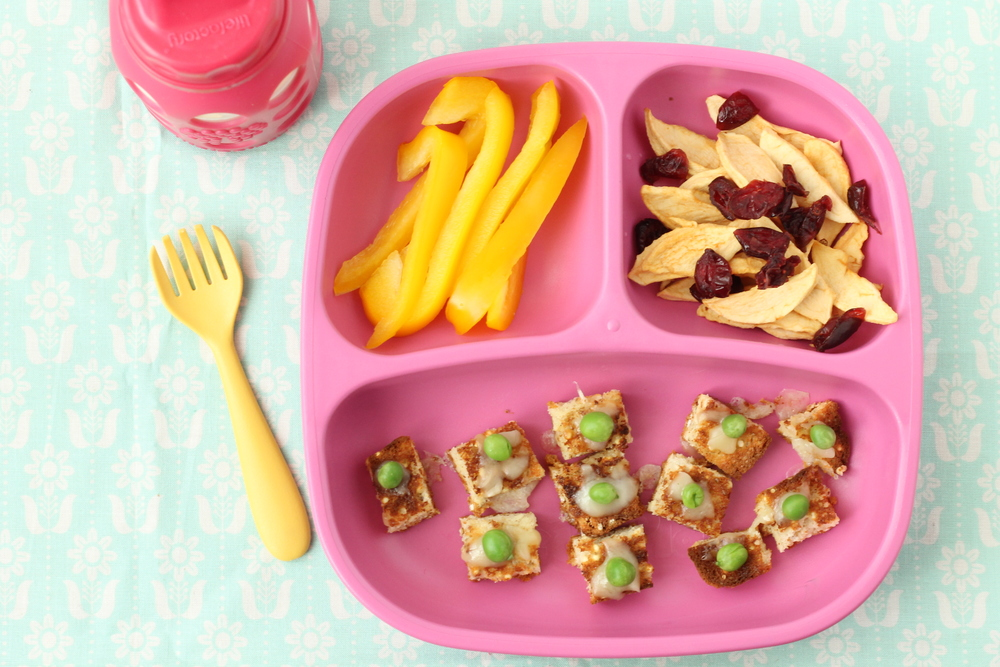 Cheesy Pea Toast and 14 other shortcut dinners via yummytoddlerfood.com