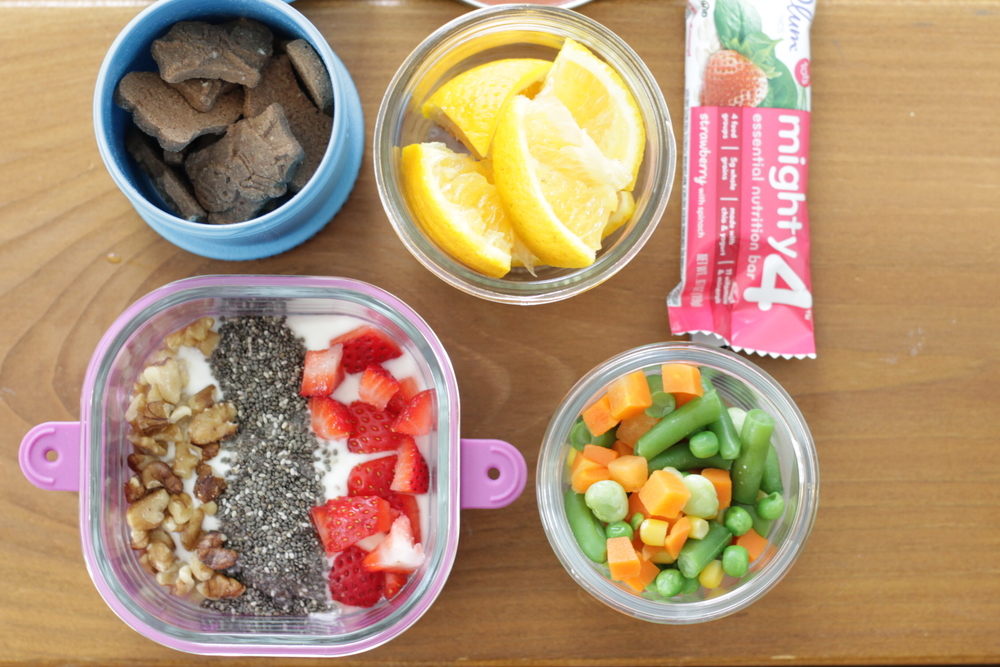 Yummy toddler lunch idea with yogurt and veggies from yummytoddlerfood.com