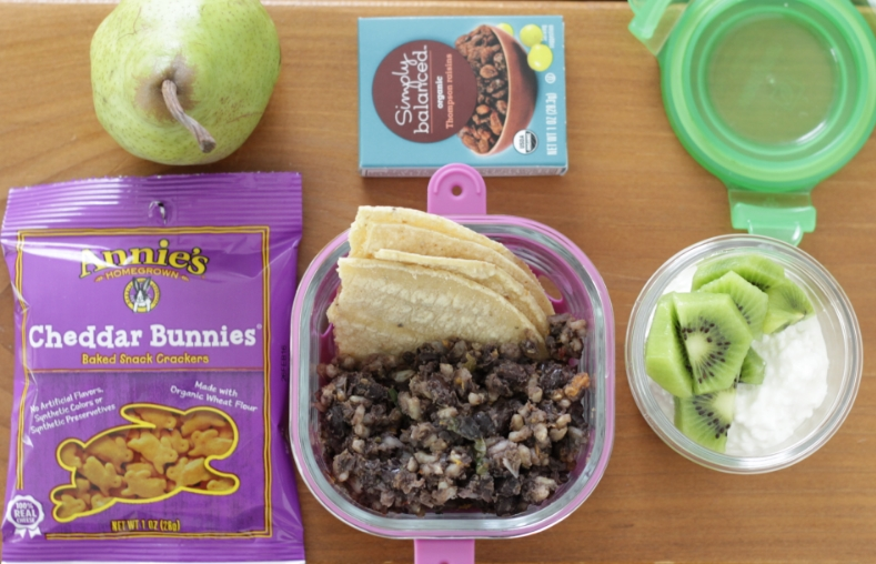 Yummy toddler taco lunch and snacks from yummytoddlerfood.com