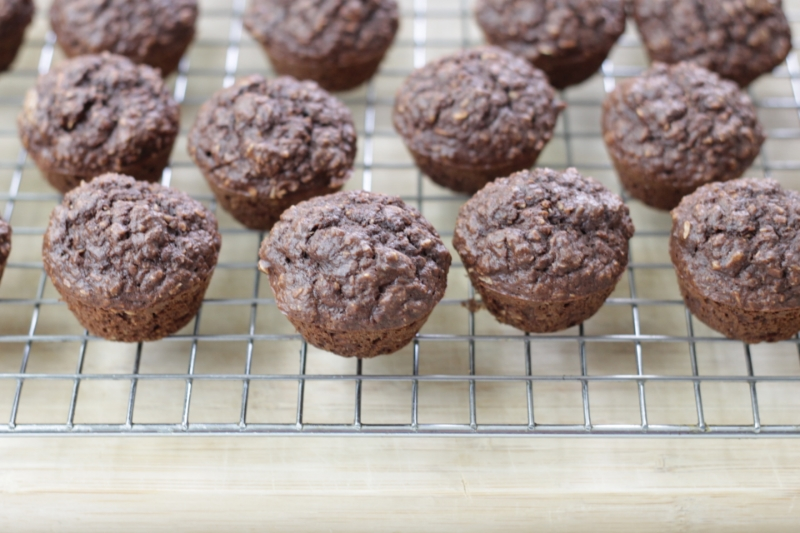 Gluten Free Cocoa Banana Muffins l yummytoddlerfood.com