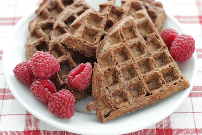 Easy and good-for-you brownie waffles