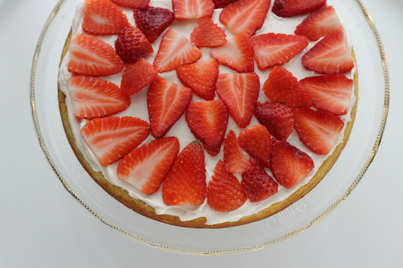 Strawberry Vanilla Layer Cake that the whole family will love