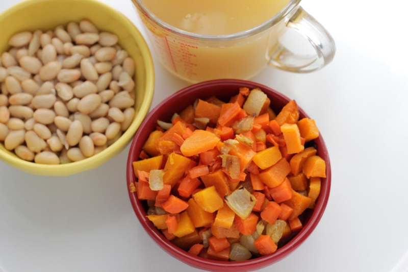 Easy Roasted Carrot Soup for Toddlers (pouch friendly)