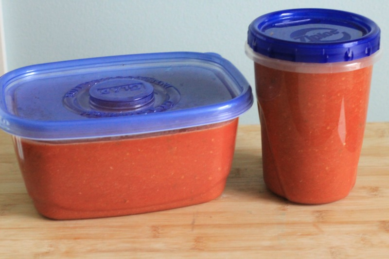 The easiest slow cooker fresh tomato sauce
