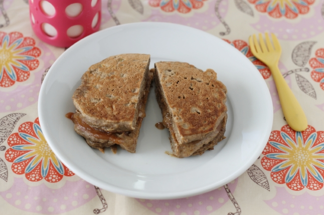 Apple Buckwheat Pancake Sandwich (via yummytoddlerfood.com)