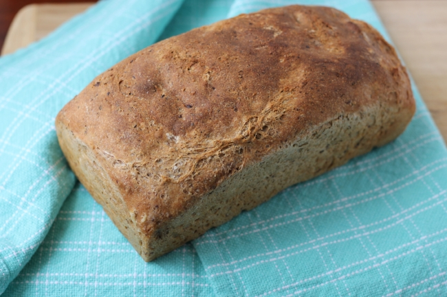 No-Knead Whole Wheat Flax Bread (via yummytoddlerfood.com)