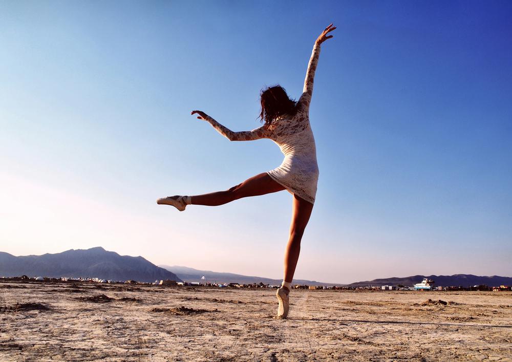 Burning Man Ballet_ Carly Carpenter