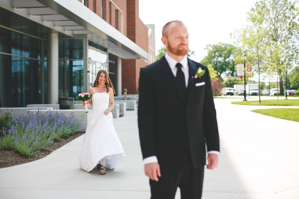 benedictine_lisle_wedding_photographer_0032.jpg