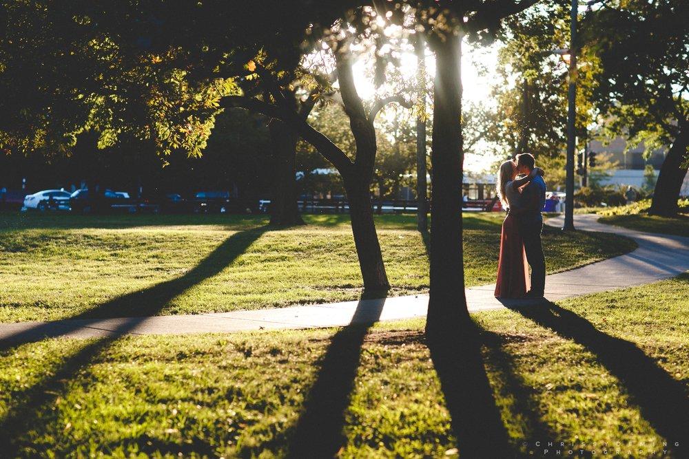 millennium_park_north_ave_beach_engagement_photography_0033.jpg