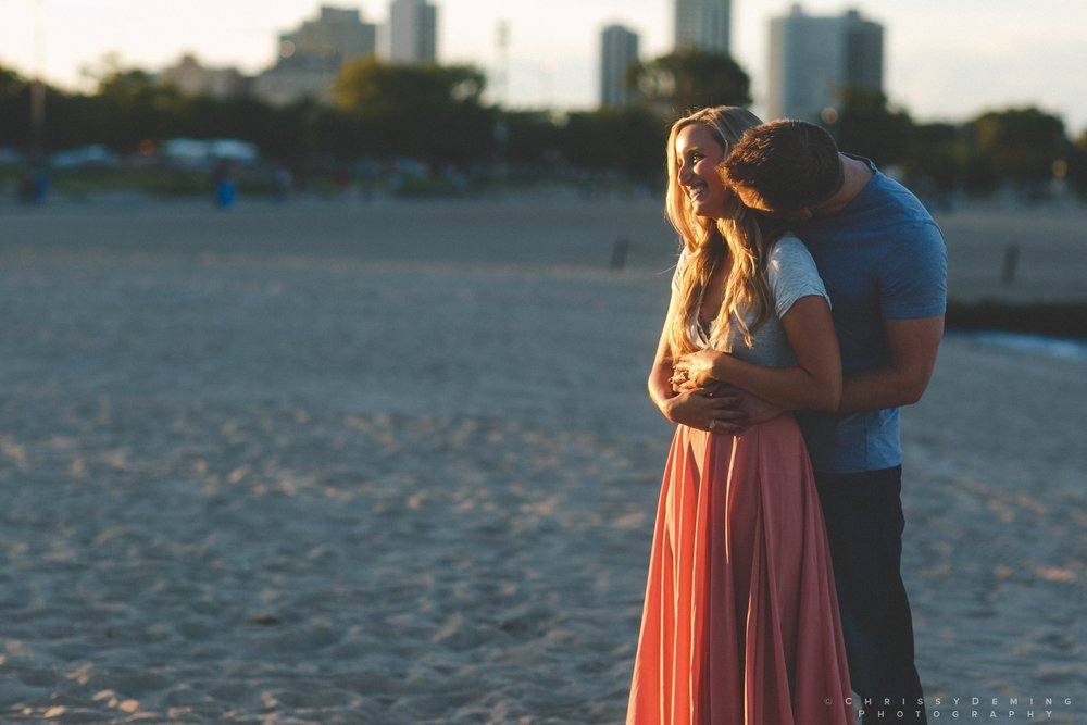 millennium_park_north_ave_beach_engagement_photography_0035.jpg