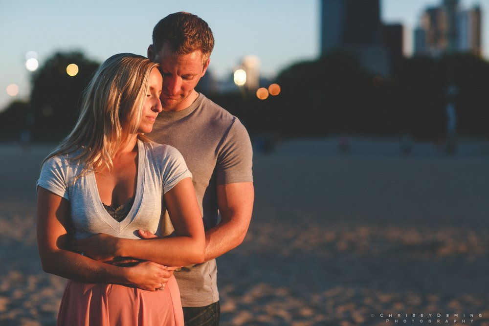 millennium_park_north_ave_beach_engagement_photography_0042.jpg
