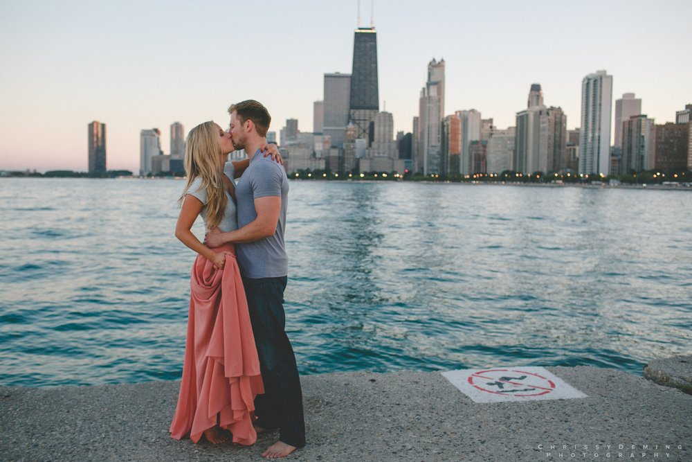 millennium_park_north_ave_beach_engagement_photography_0047.jpg
