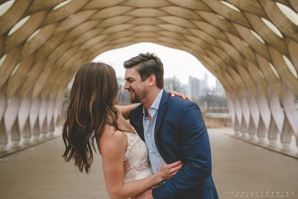 chicago__lincoln_park_engagement_photographer_0014.jpg