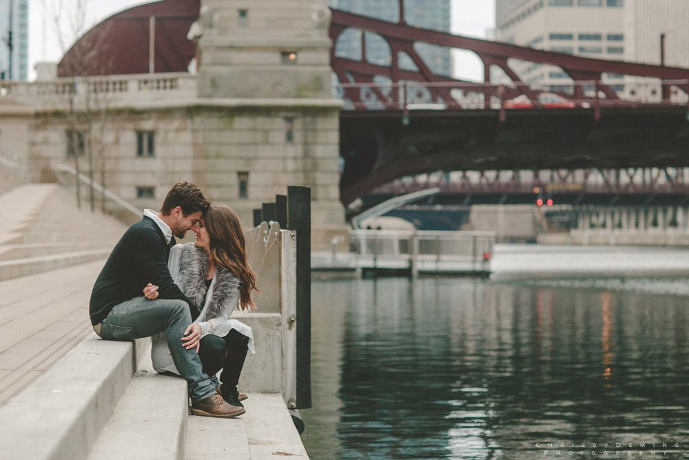 chicago__lincoln_park_engagement_photographer_0026.jpg