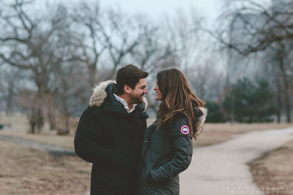 chicago__lincoln_park_engagement_photographer_0032.jpg