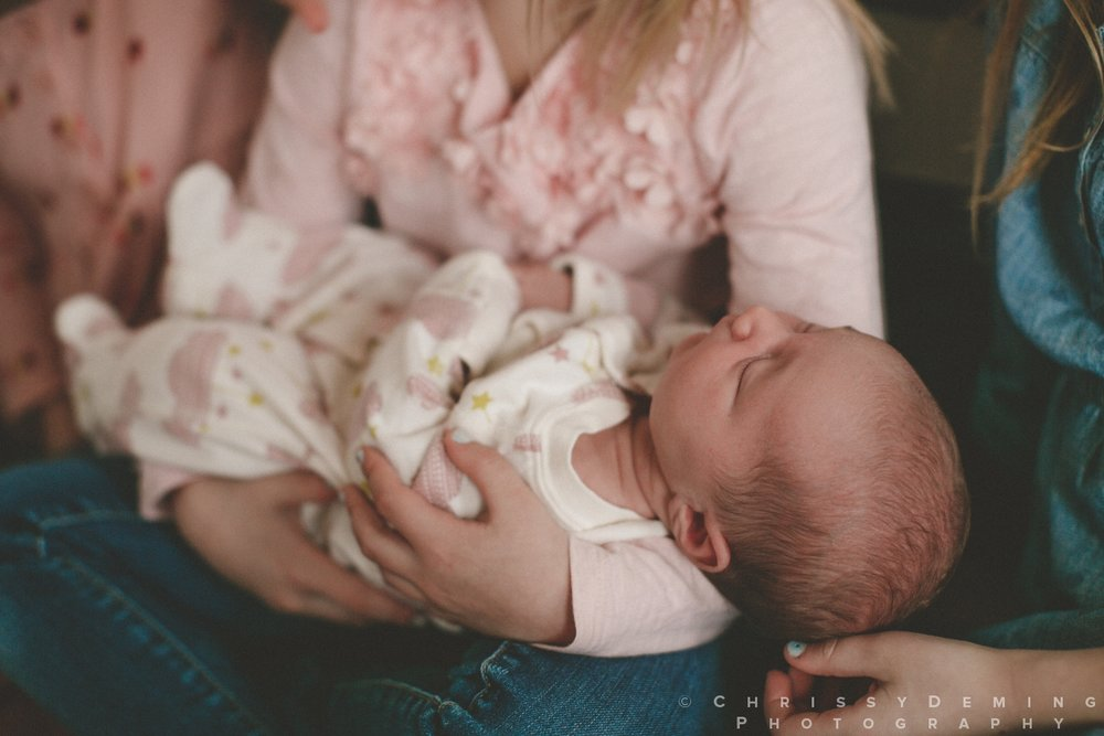 dekalb_IL_newborn_photographer_0019.jpg