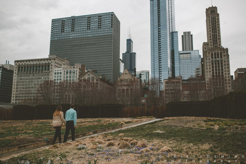 millennium park_chicago_engagement_photography_0014.jpg
