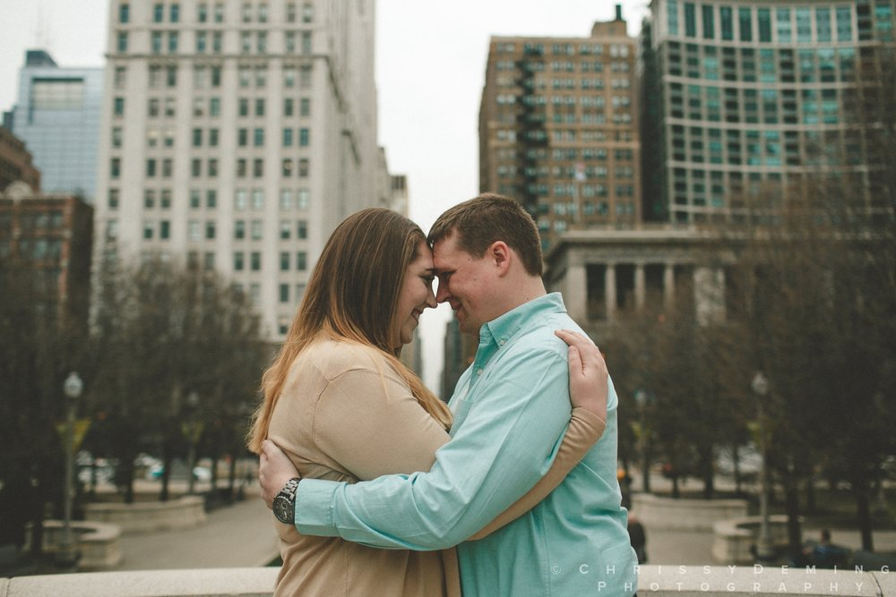 millennium park_chicago_engagement_photography_0013.jpg