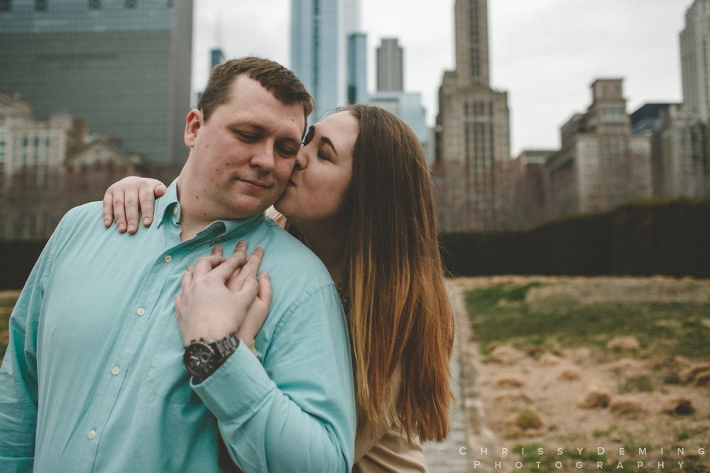 millennium park_chicago_engagement_photography_0020.jpg