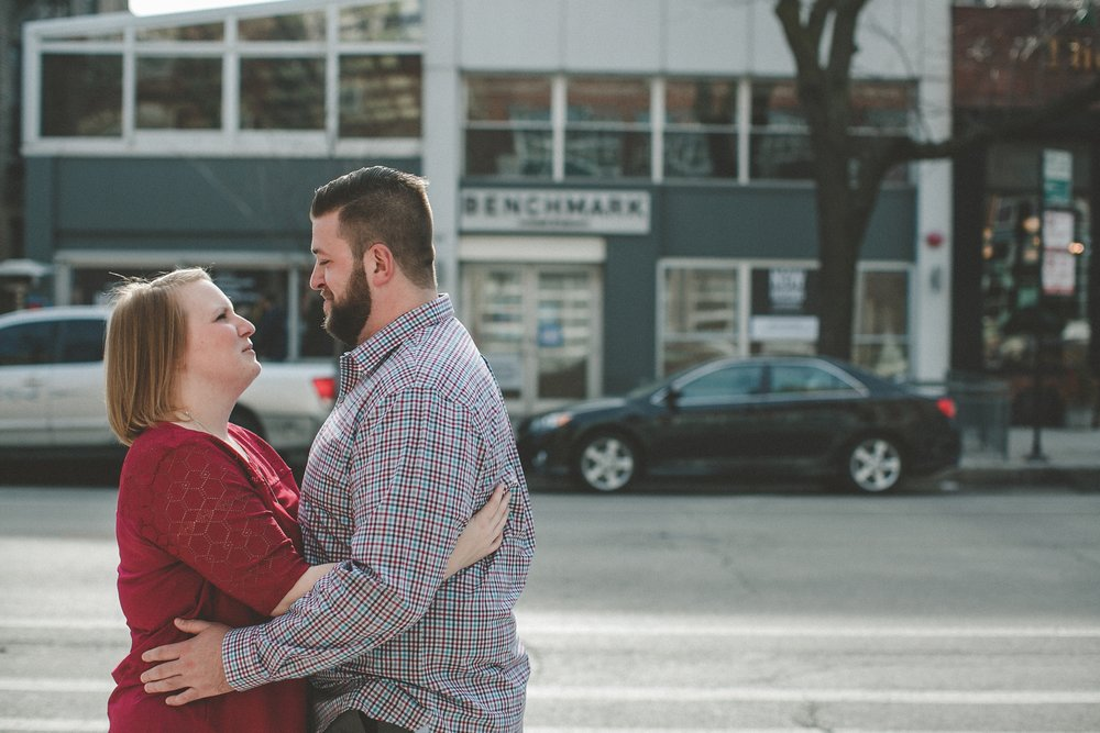 chicago_humboldt_park_north_ave_beach_engagement_photography_0018.jpg