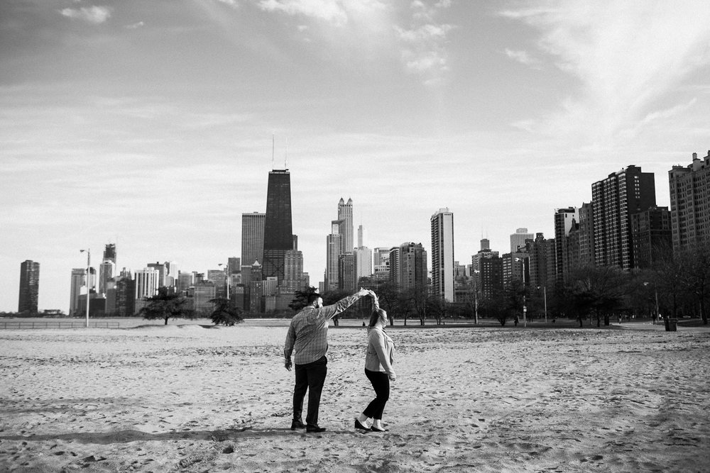 chicago_humboldt_park_north_ave_beach_engagement_photography_0021.jpg