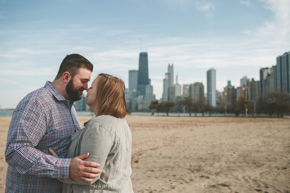 chicago_humboldt_park_north_ave_beach_engagement_photography_0020.jpg