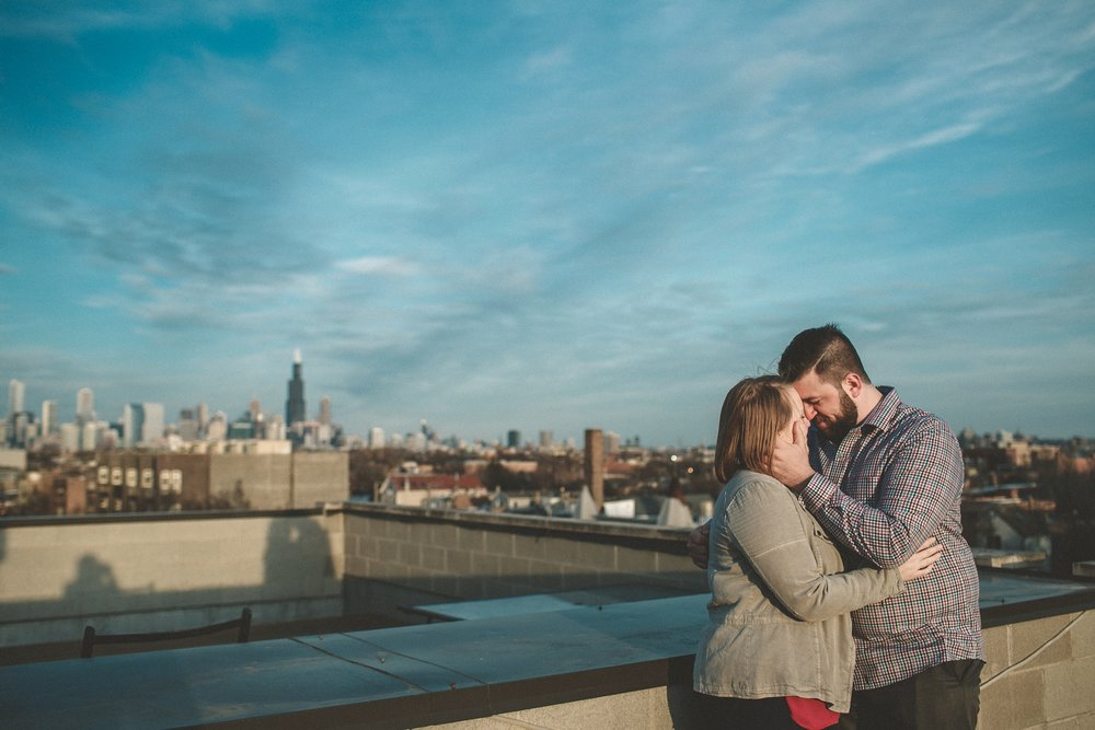 chicago_humboldt_park_north_ave_beach_engagement_photography_0013.jpg