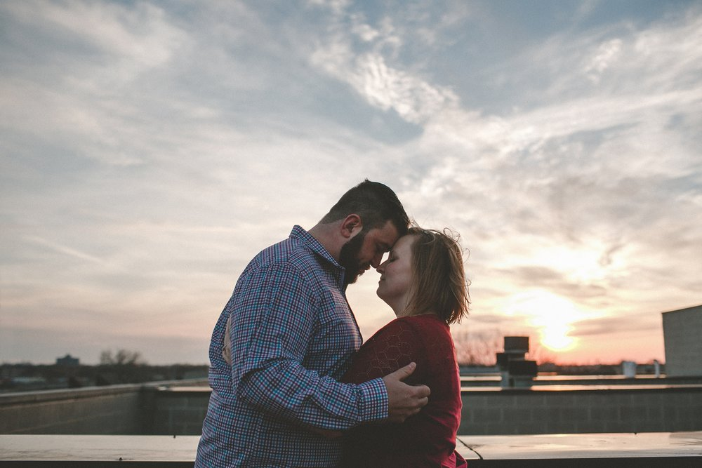 chicago_humboldt_park_north_ave_beach_engagement_photography_0016.jpg