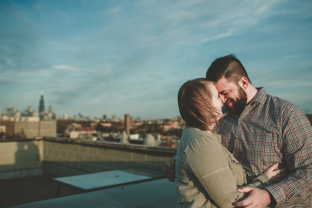 chicago_humboldt_park_north_ave_beach_engagement_photography_0014.jpg