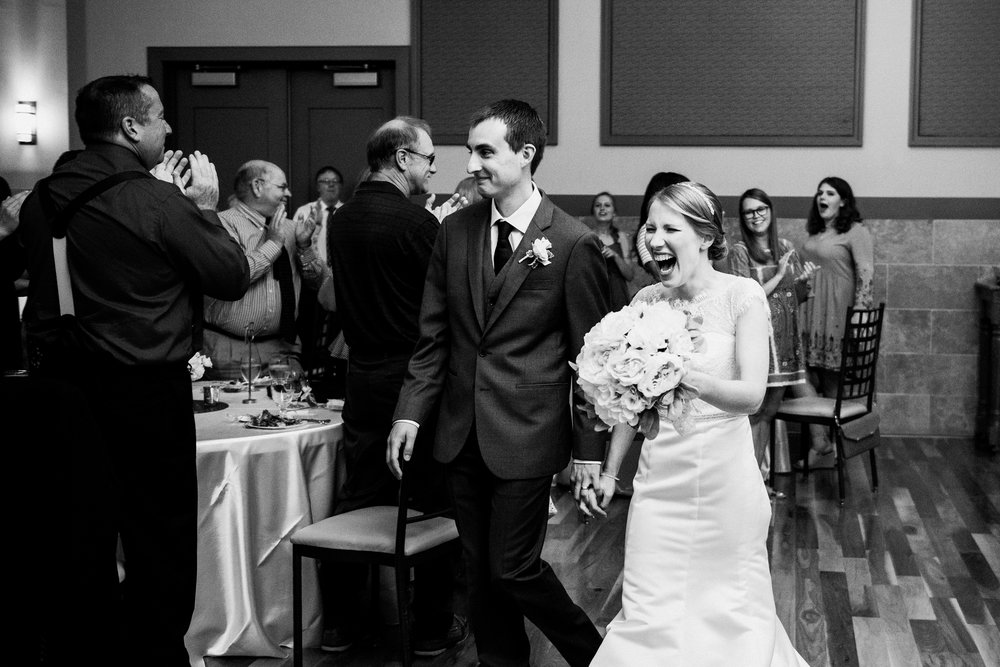 noahs_event_venue_naperville_IL_wedding_photographer_0057.jpg