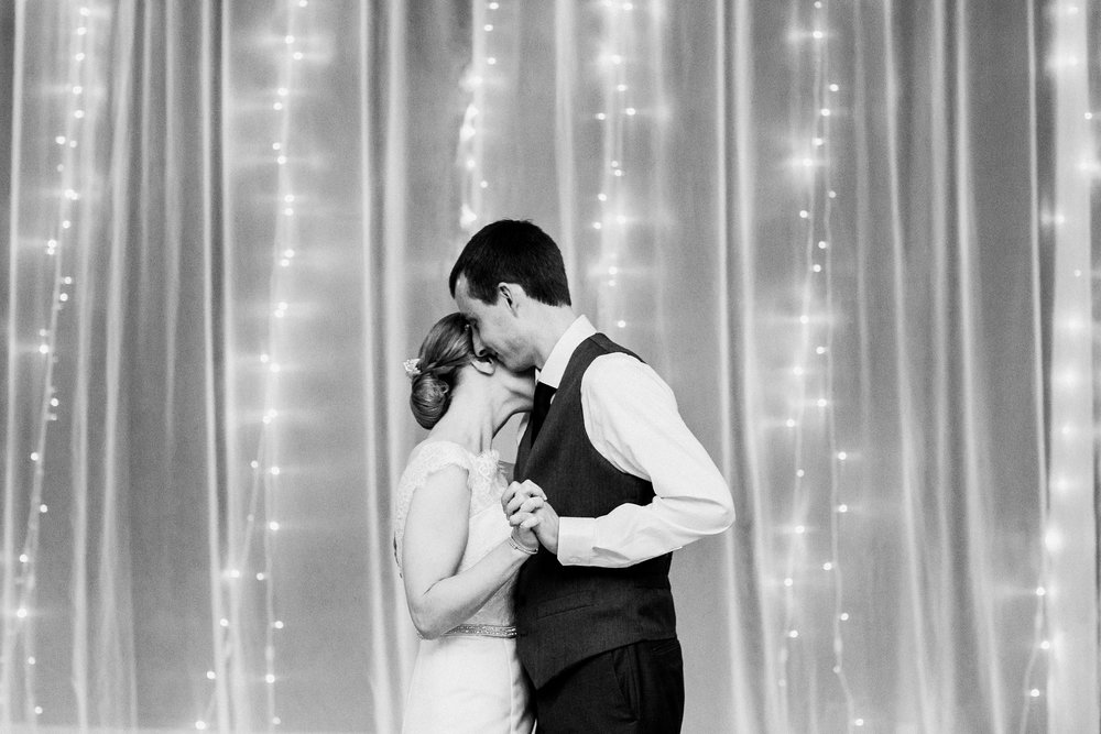 noahs_event_venue_naperville_IL_wedding_photographer_0064.jpg