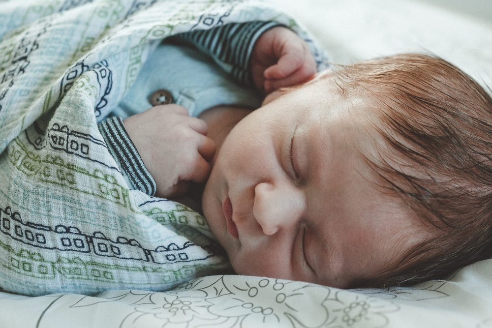 dekalb_il_lifestyle_newborn_photographer_palos_heights_il_0050.jpg