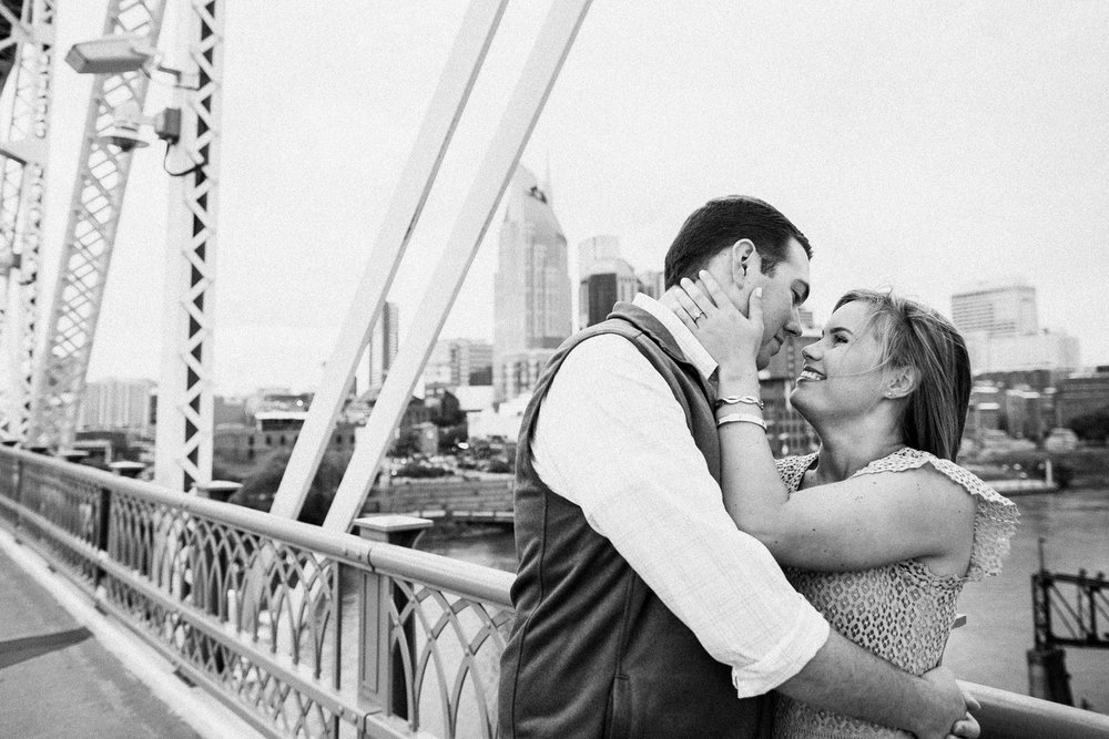 nashville_pedestrian_bridge_mural_engagement_photograper_0011.jpg