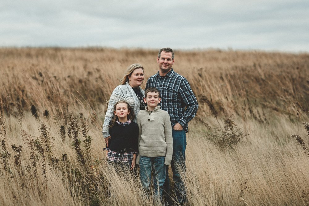 nachusa_grasslands_Franklin_Grove_IL_family_portrait_photographer_0050.jpg