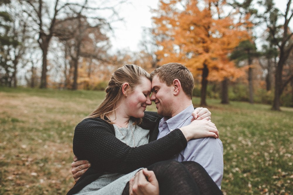 rock_cut_state_park_rockford_IL_engagement_photographer_0016.jpg