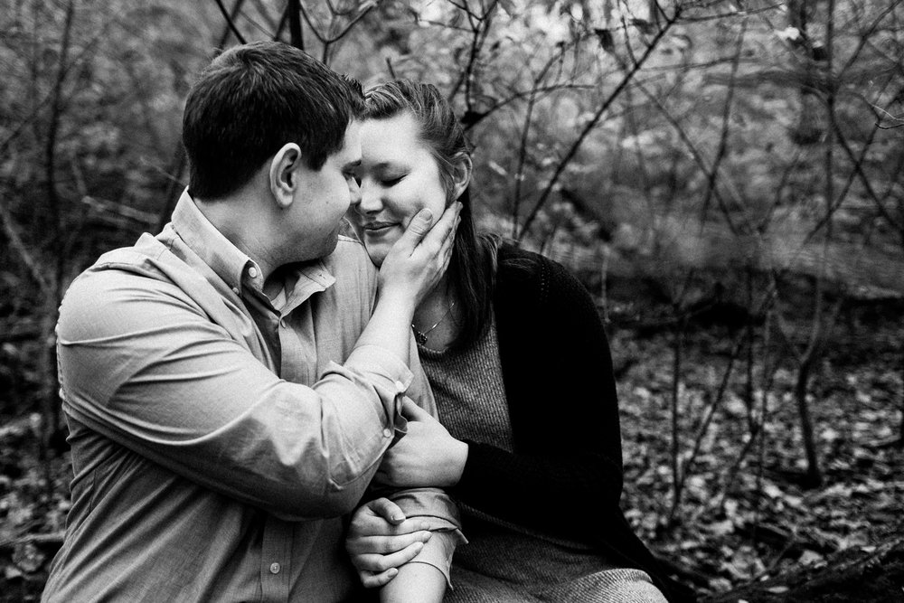 rock_cut_state_park_rockford_IL_engagement_photographer_0022.jpg