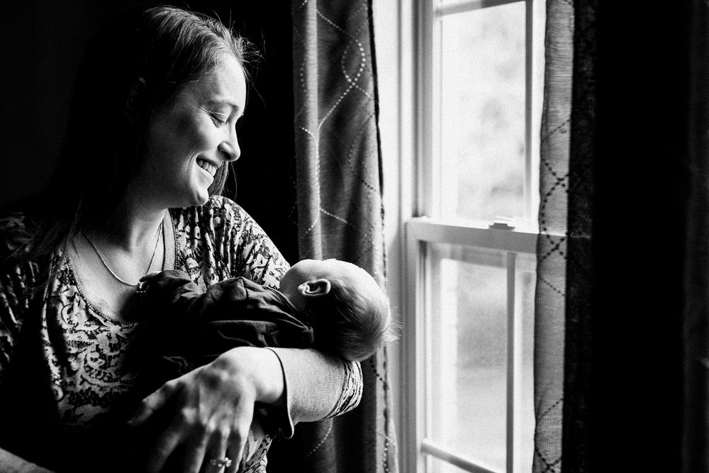 dekalb_IL_inhome_newborn_photographer_0003.jpg