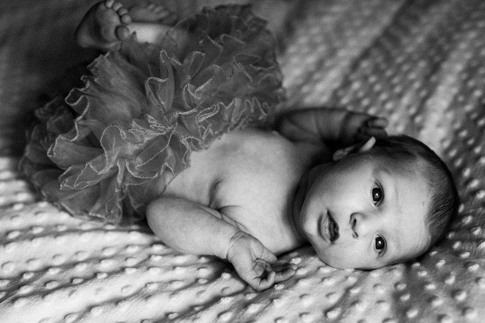 dekalb_IL_inhome_newborn_photographer_0018.jpg