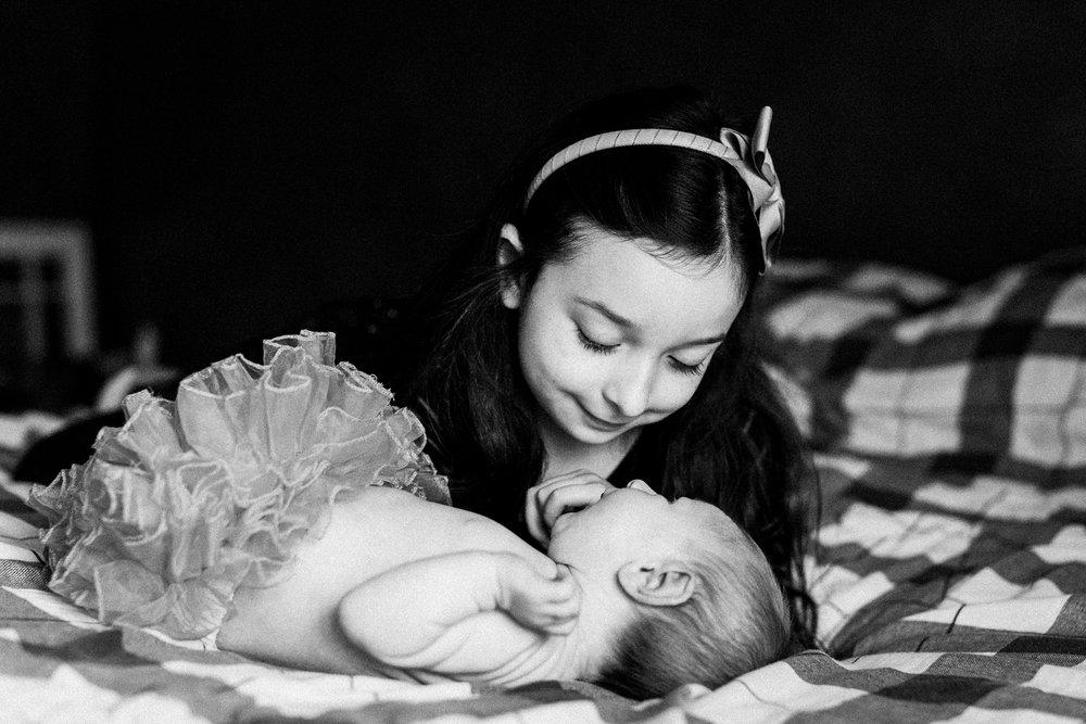 dekalb_IL_inhome_newborn_photographer_0023.jpg