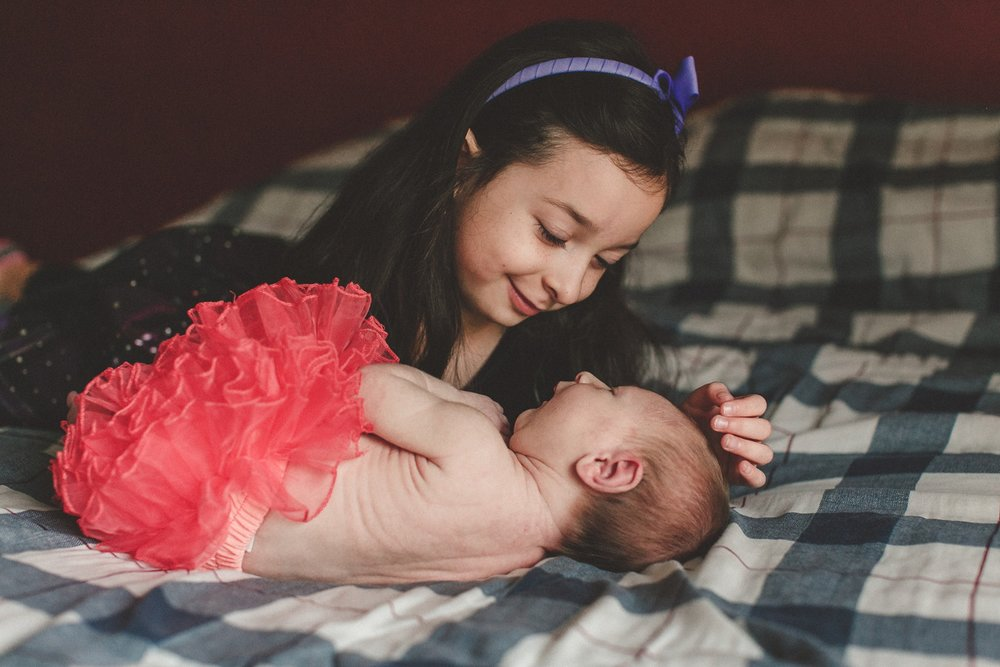 dekalb_IL_inhome_newborn_photographer_0025.jpg
