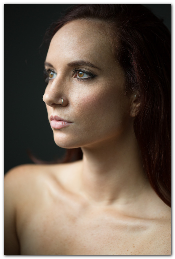 Ariel S. - Natural light portrait