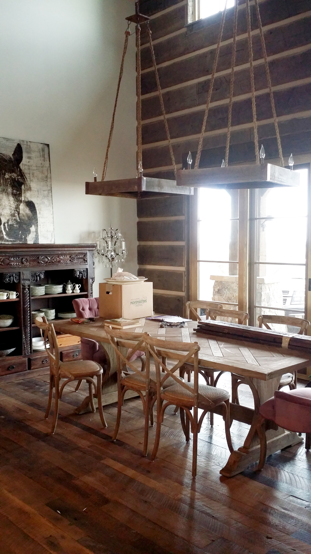 rustic dining.jpg