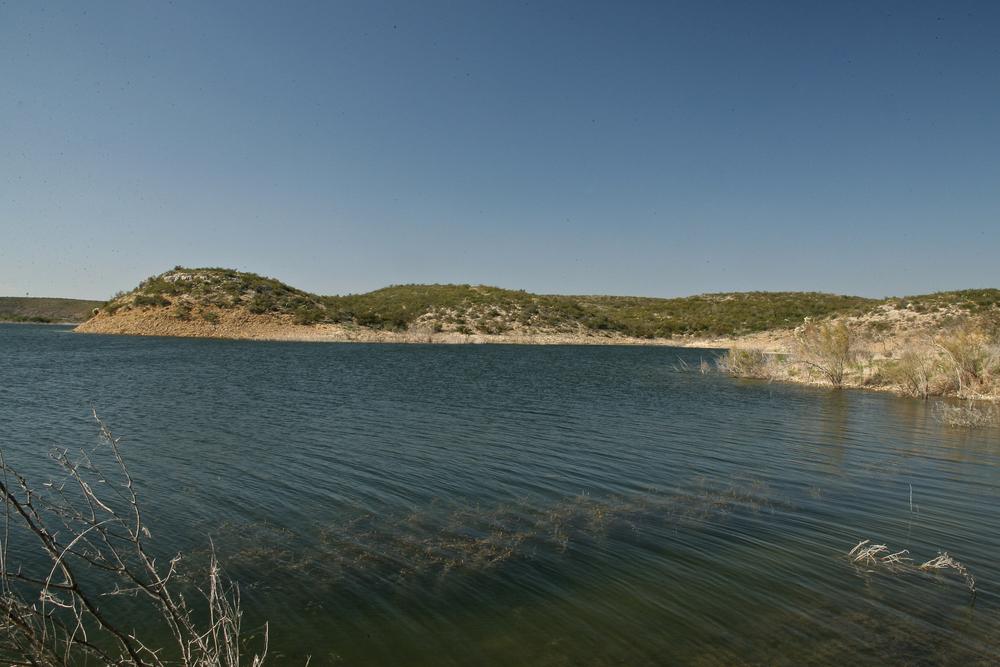 Lake-Amistad-4.jpg