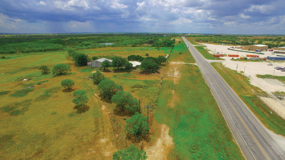 KENEDY HOME OR COMMERCIAL PROPERTY 9.5± Acres | Karnes County, TX Property ID: 2256247 | $310,000