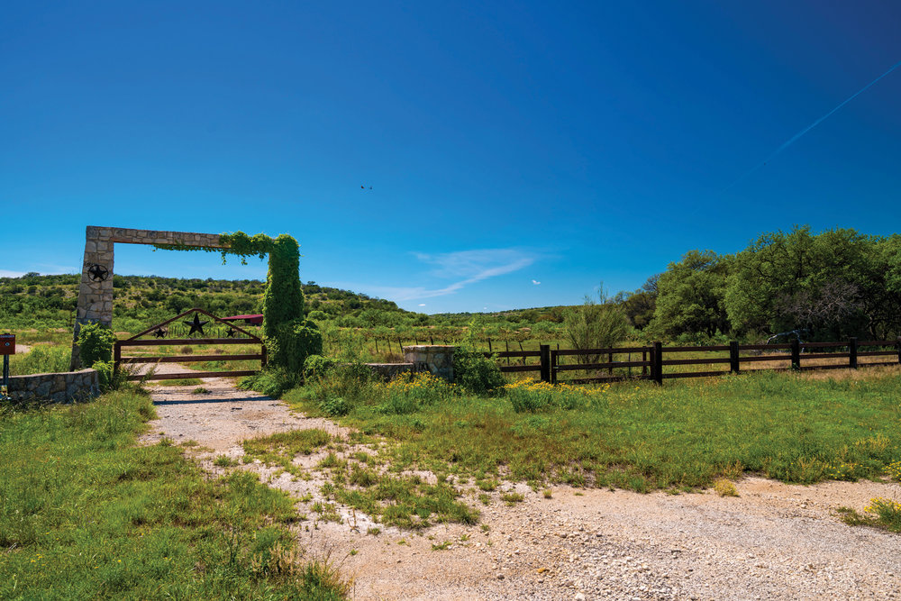 BRUSHY DRAW RANCH 869± Acres | Crockett County, TX Property ID: 3223509 | $1,075,000