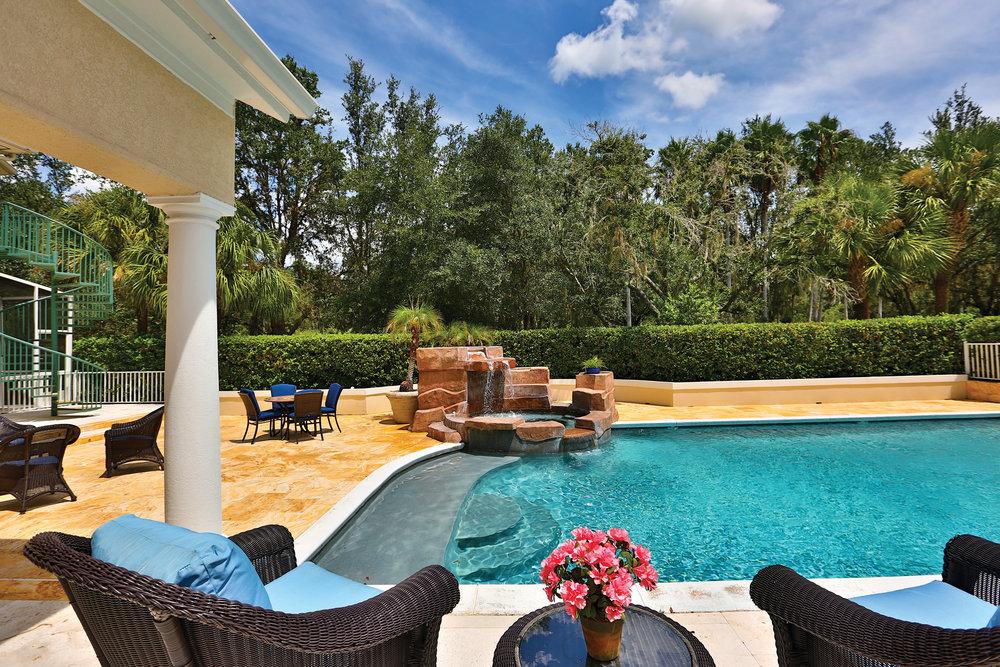 Pool-with-Spa-EDIT.jpg